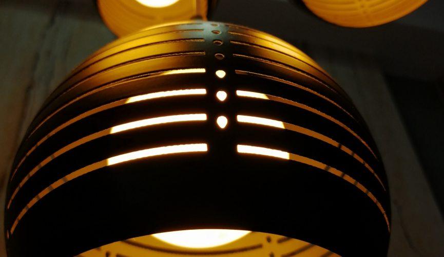 skinne til lamper